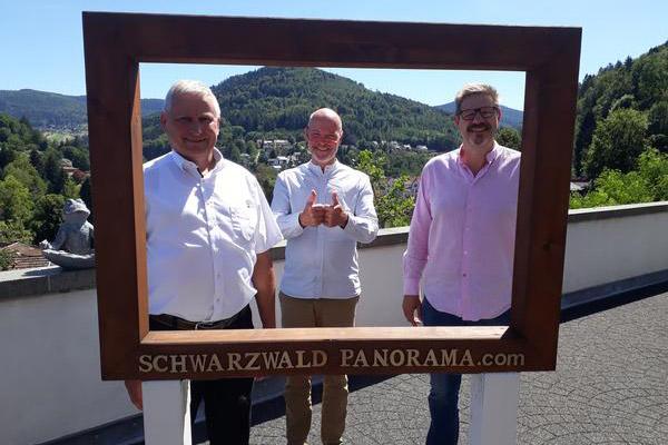 Thomas Blenke im Gespräch mit Herrn Stephan Bode (Hotel SCHWARZWALD PANORAMA)